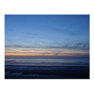 Mapa postal mar do Norte, deitar do sol Cartão Postal
