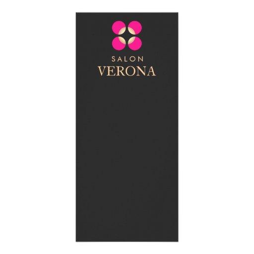 Maquilhador do logotipo e menu cor-de-rosa do panfletos informativos personalizados