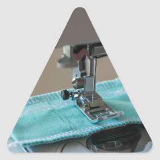 Máquina de costura adesivo triangular
