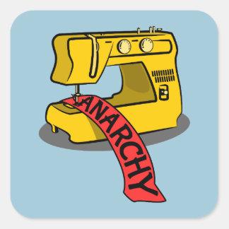 Máquina de costura amarela da anarquia adesivos quadrados
