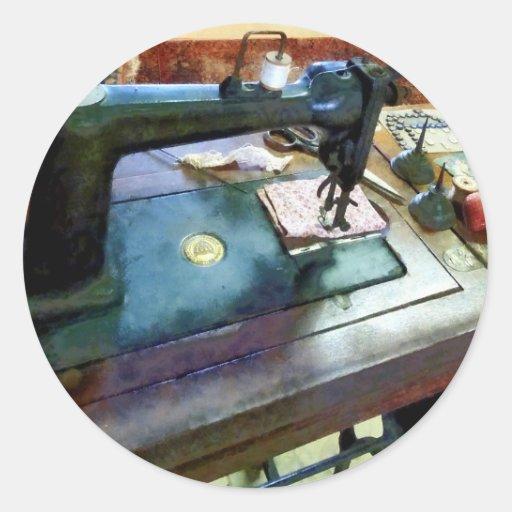 Máquina de costura com Sissors Adesivos Redondos