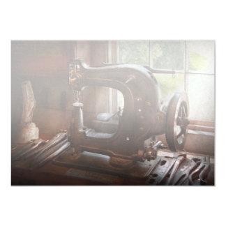 Máquina de costura - couro - esgoto da sela convite 12.7 x 17.78cm