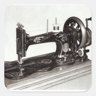 """""""Máquina de costura da família nova"""" do cantor, Adesivo Quadrado"""