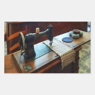 Máquina de costura e Pincushions Adesivo Retangular