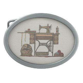 Máquina de costura & gatinhos do Treadle