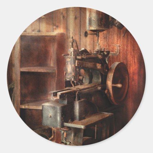 Máquina de costura - máquina de costura para o adesivos redondos