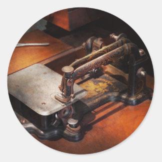 Máquina de costura - Sewing para as mãos pequenas Adesivos Em Formato Redondos