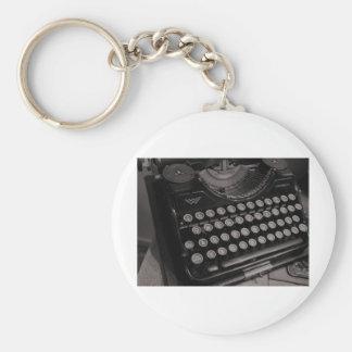 Máquina de escrever B&W do vintage Chaveiro