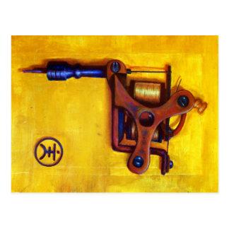 Máquina do tatuagem do vintage (amarelo) cartão postal