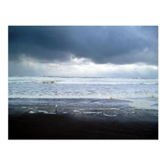 Mar Roiling no cartão de Oregon da praia da ágata