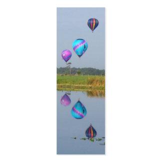 Marcador coloridos dos balões de ar quente cartão de visita