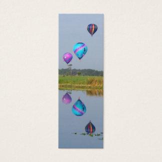 Marcador coloridos dos balões de ar quente cartão de visitas mini