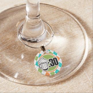 Marcador Para Taças De Vinho Cerveja: 30 no teste padrão colorido de Argyle