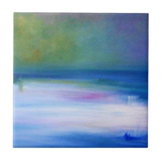 Mares silenciosos azuis e azulejo abstrato verde