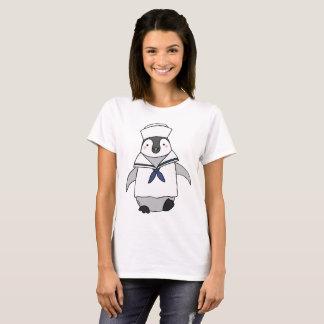 Marinheiro gráfico do T do pinguim bonito do Camiseta
