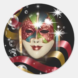 Máscara do carnaval do partido do mascarada adesivo em formato redondo