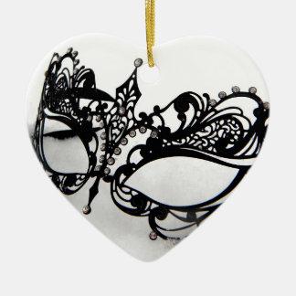 Máscara do Queens Ornamento De Cerâmica Coração