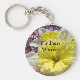 Matérias da bondade! flor do Daffodil do amarelo d Chaveiro