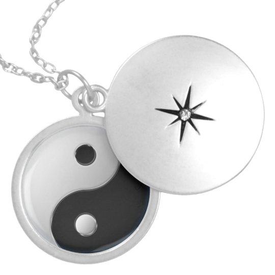 Medalhão Yin-Yang
