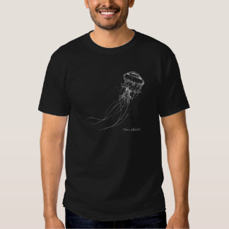 Medusa brancas no desenho náutico da camisa preta camisetas