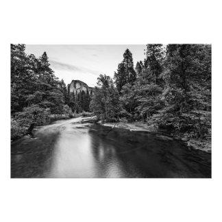 Meia abóbada no crepúsculo da ponte de Sentinal Impressão De Foto