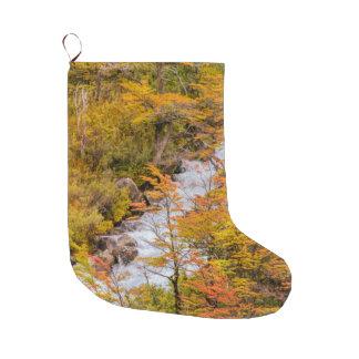 Meia De Natal Grande Cena colorida da paisagem da floresta, Patagonia