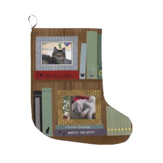 Meia De Natal Grande Livros do amante do gato em uma prateleira