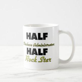 Meia estrela do rock do administrador de base de caneca de café