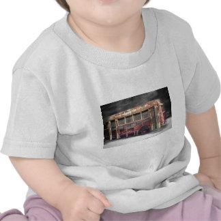 Melhor auto escolar dos dias no movimento t-shirts