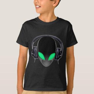 Melómano estrangeiro DJ - cetáceo liso T-shirts