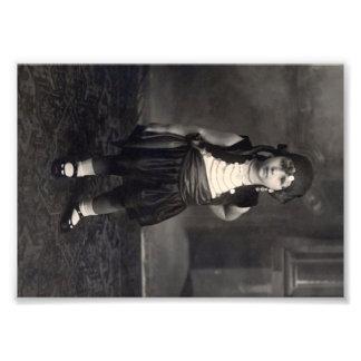 Menina aciganada do vintage - foto preto e branco