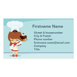 Menina bonito com bolo de chocolate cartão de visita