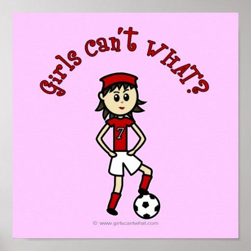 Menina clara do futebol no vermelho impressão