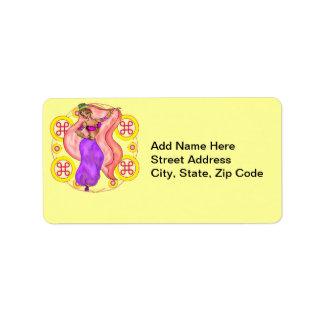 Menina de dança bonito da barriga etiqueta de endereço