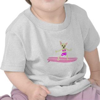 Menina do surfista de Longboard da chihuahua T-shirt