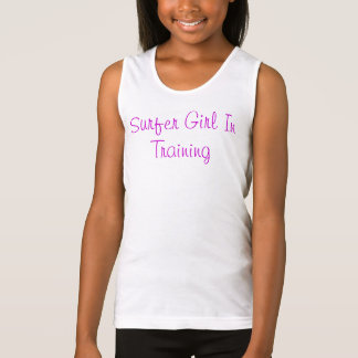 Menina do surfista no treinamento t-shirt