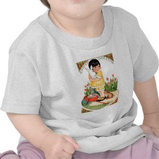 Menina do vintage com coelhinhos da Páscoa & pásco Camisetas