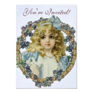 Menina do vintage com flores e arco bonitos convite 11.30 x 15.87cm