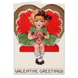 Menina do vintage no cartão dos namorados do