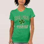 Menina irlandesa: Amigo do bebendo T-shirt