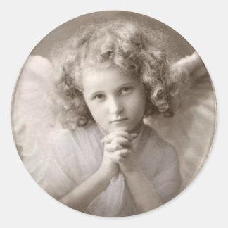 Menina Praying do anjo do vintage Adesivo Redondo