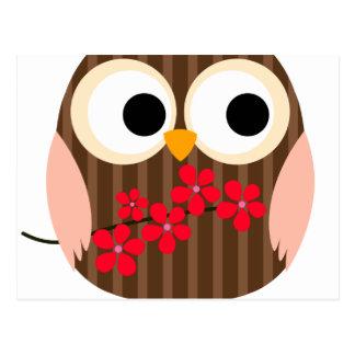 Menina retro da coruja com flores cartao postal