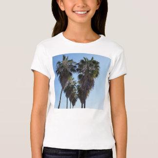 Meninas da camisa do coração da palmeira do amor tshirt