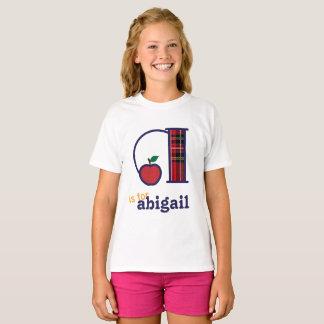 Meninas de volta ao monograma A da camisa da