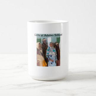 Meninas em Adeiso Caneca De Café