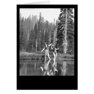 Meninas feericamente boémias da região selvagem do cartão