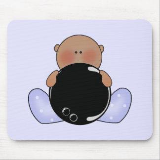 Menino de bebê da boliche de Lil étnico Mouse Pads