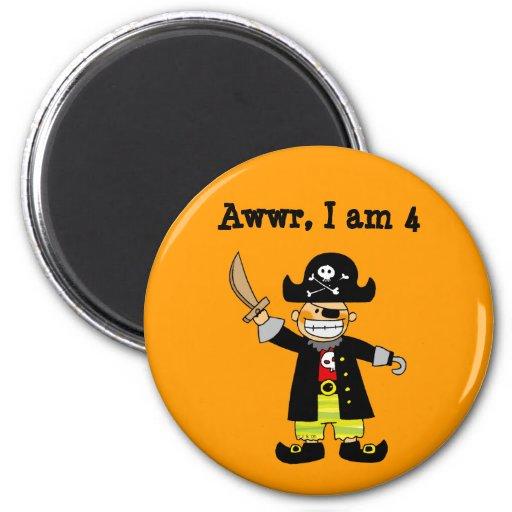Menino do pirata da criança de 4 anos imãs