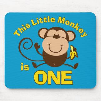 Menino pequeno Mousepad do primeiro aniversario do