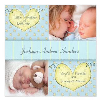 Menino recém-nascido com anúncio do nascimento da convite quadrado 13.35 x 13.35cm